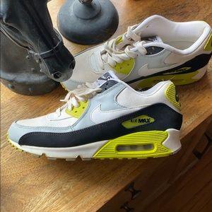 Nike air max green white
